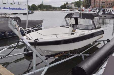 Dockymarin båtlyft